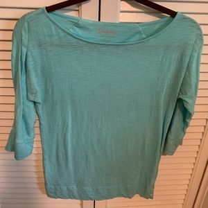 Lilly Pulitzer 3/4 sleeve top.